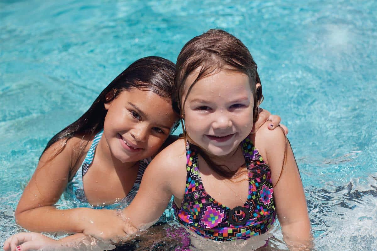 kids in pool at nottingham